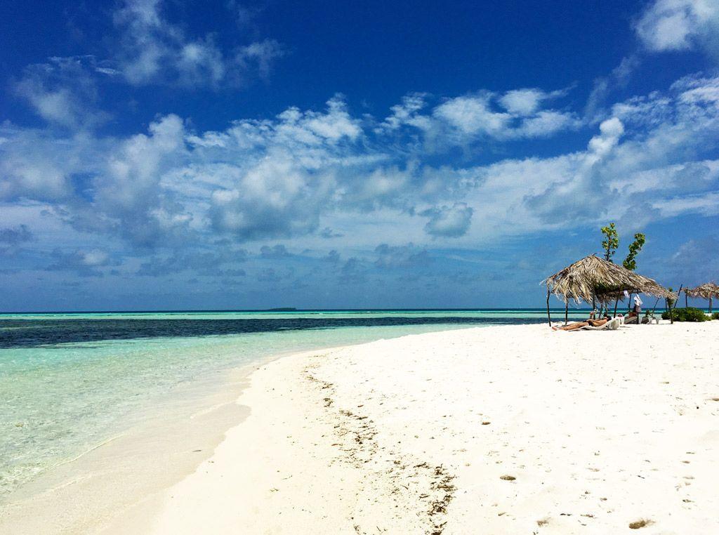 bikini beach en dhiffushi