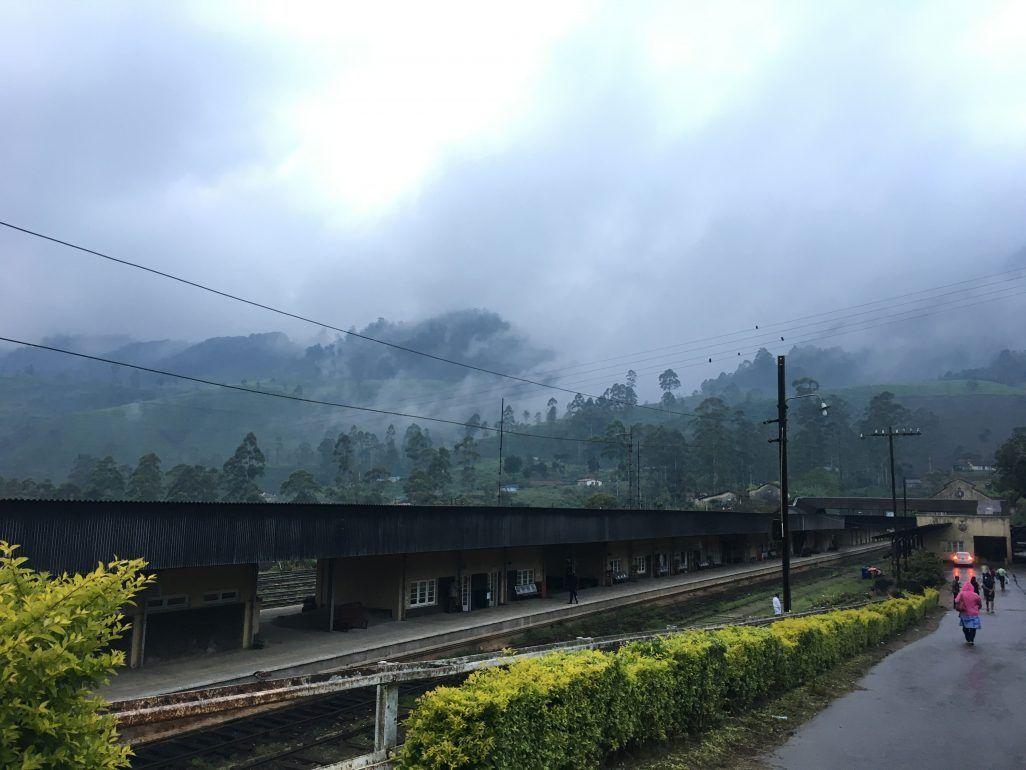 tren en Nuwara Eliya