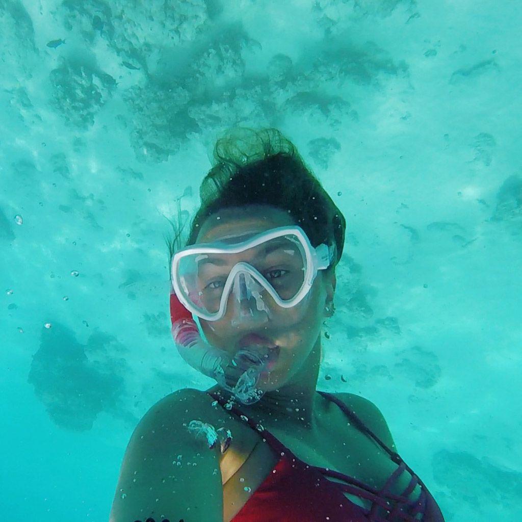 hacer snorkel en maldivas