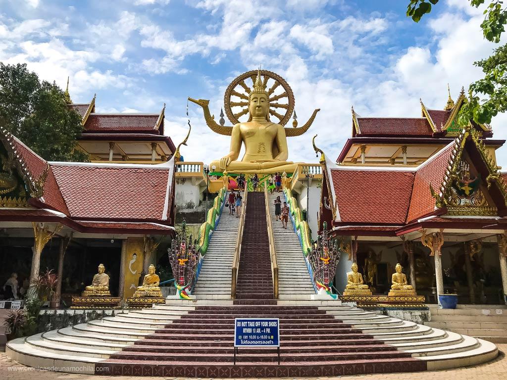 viendo big buddha en la visa run Koh Samui