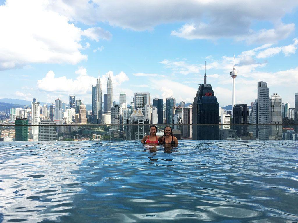 alojamiento con infinity pool en Kuala Lumpur