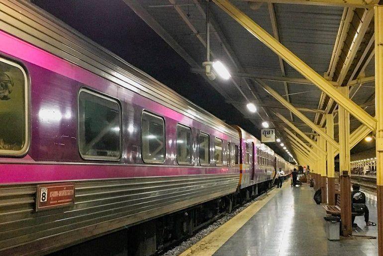 Viajar en tren por Tailandia: Horarios y rutas