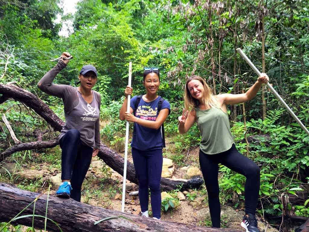 que ver y hacer en Koh tao trekking